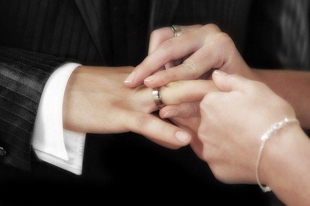 アジア国際結婚学院 スタッフ